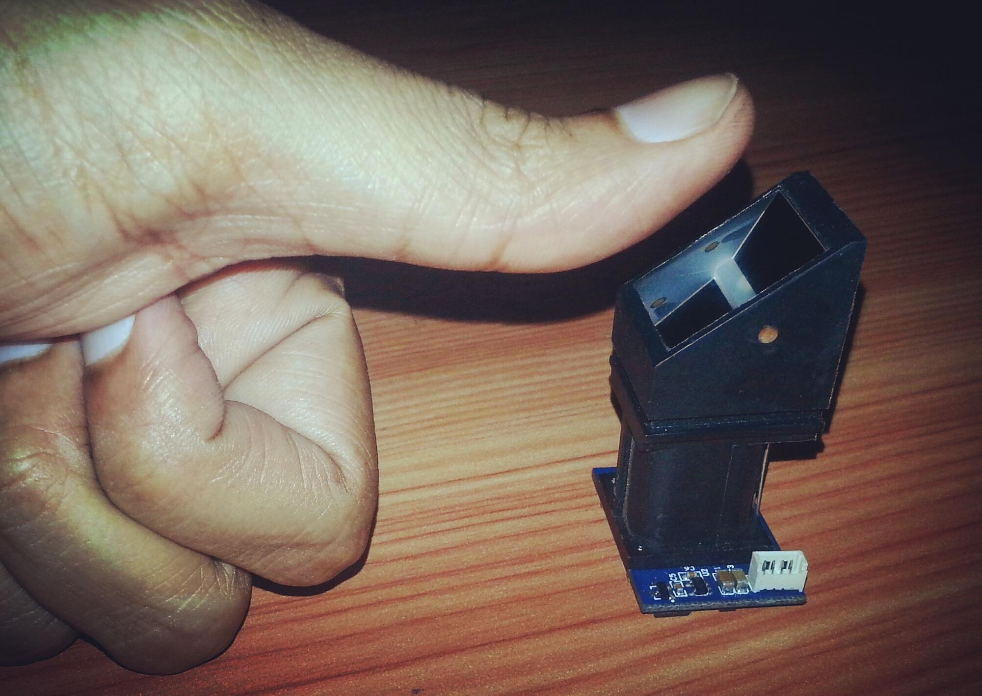 R305 Fingerprint Identification Module - Python and MySQL
